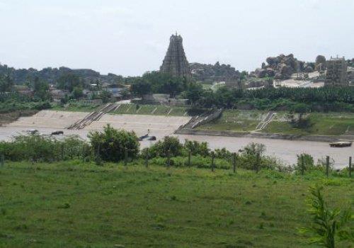 האמפי - המקום הכי הזוי בהודו..