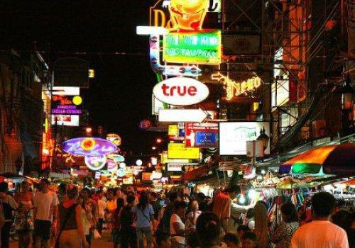 רחוב קוואסן בבנגקוק Khao San Road