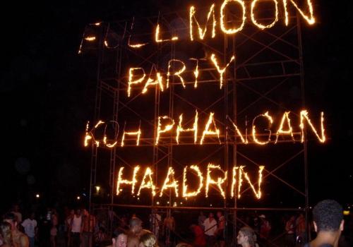 מסיבות פול מון בקו פנגאן, תאילנד