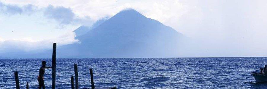 אגם אטיטלאן (לאגו אטיטלאן), גואטמלה – Lago Atitlan